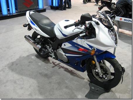 2010-suzuki-gs500f